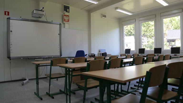 Sala lekcyjna zkontenerów. Szkoła zkontenerów