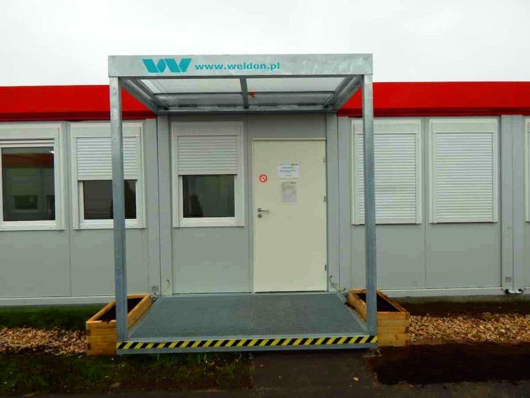 Wejście dokontenera mieszkalnego ikontenera socjalnego Polska Niemcy Berlin Weldon